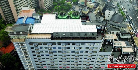 楼顶天台设计效果图图片分享