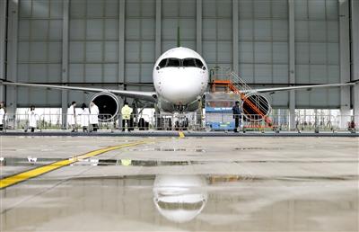 大飞机为基础的航空产业发展计划,并先后建立了各自的航空产业园区,引